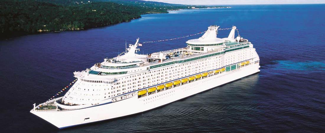 Kryssningsfartyg p� �ppet hav p� resa till Seattle och Kanada