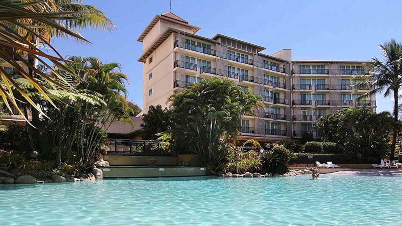 Dejligt poolområde på Novotel Cairns Oasis Resort