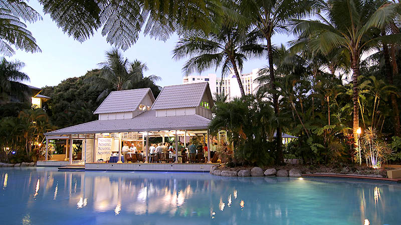 Aftenstemning p� Novotel Cairns Oasis Resort