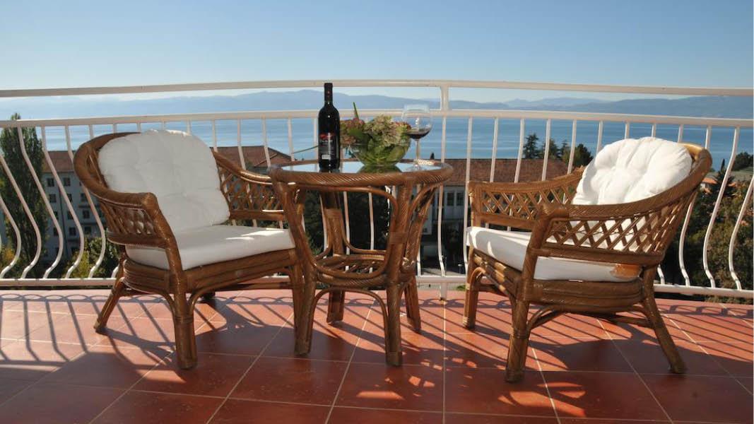 Udsigt over Ohrid søen fra Hotel Belvedere