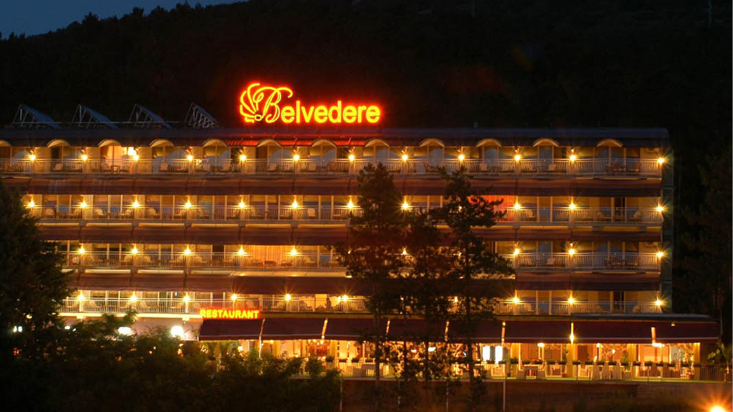 Hotel Belvedere by Night