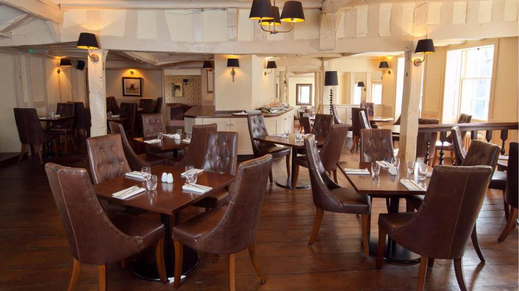 Restaurant p� BW The Rose And Crown Hotel, England