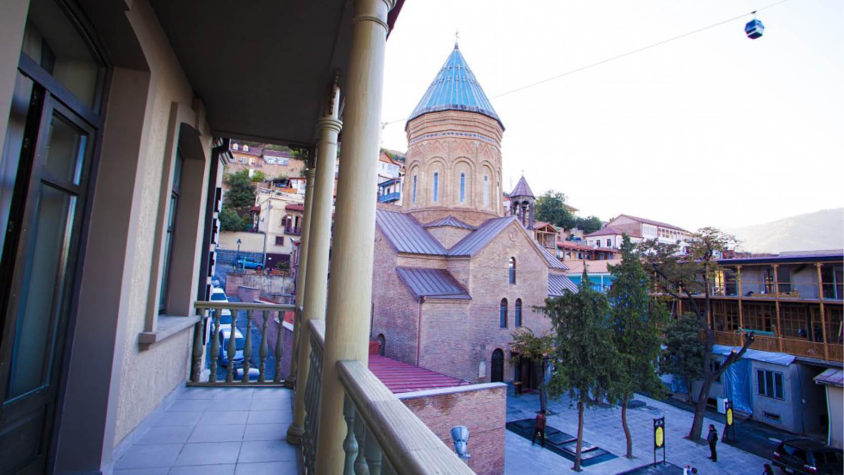 Hotel Old Meidan udsigt til St. George kirken i Tbilisi
