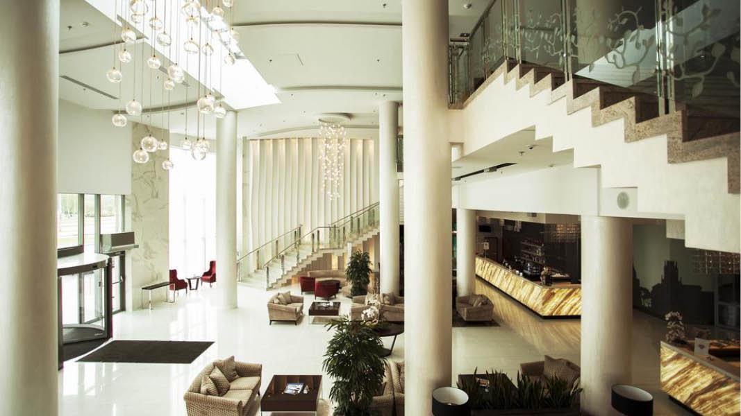 Indgang reception Hotel victoria Minsk