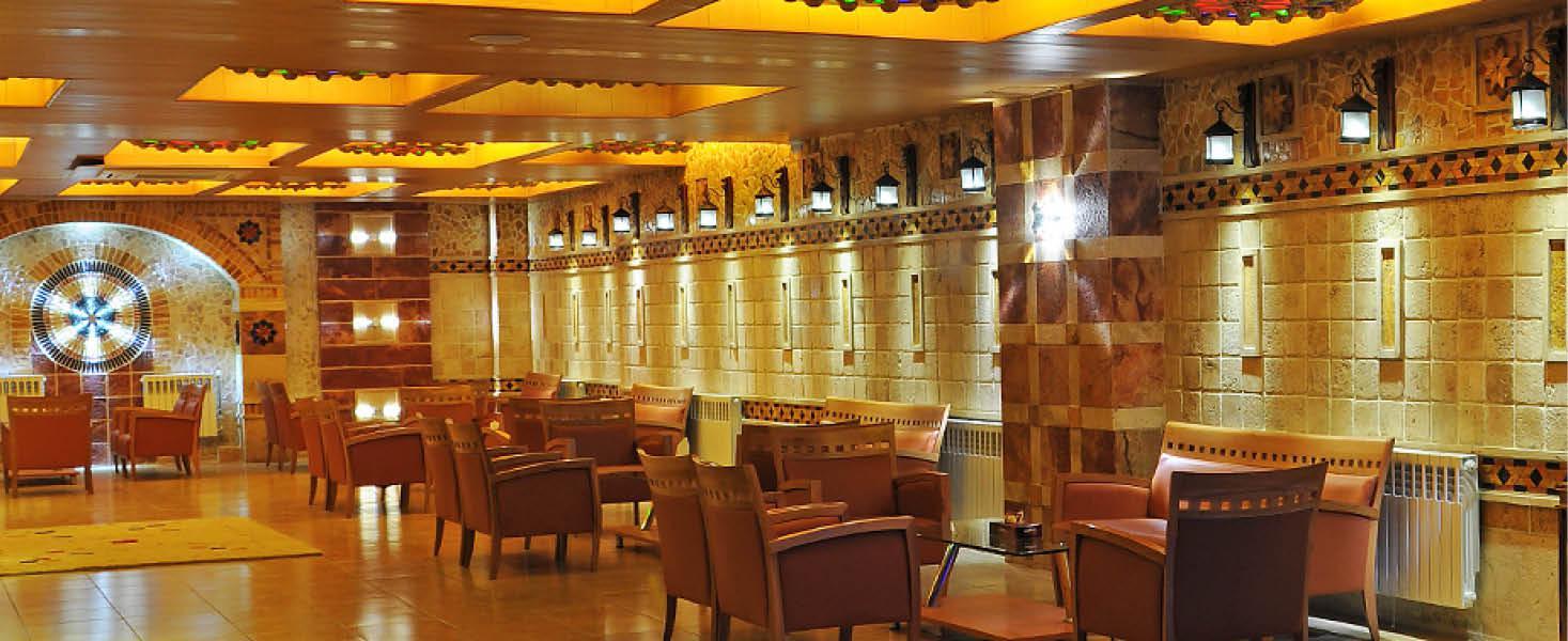 Spiseomr�de p� p� Setaregan Hotel, Iran