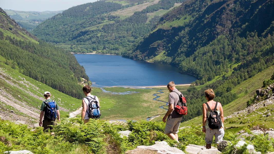 Wicklow, Lough Tay, Vandringer i det grønne Irland