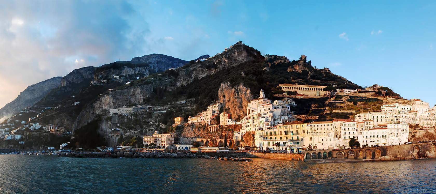 Kystby på Amalfikysten, Italien