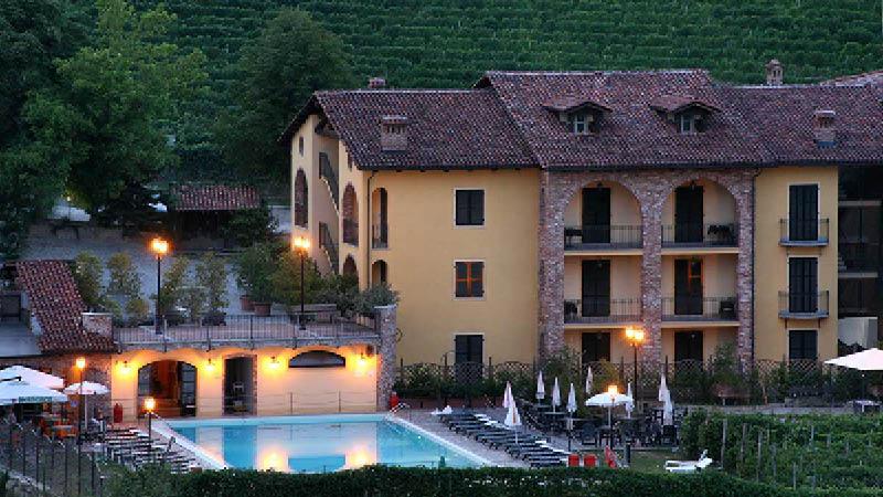 Nyd jeres ophold på idylliske Hotel Barolo, Italien