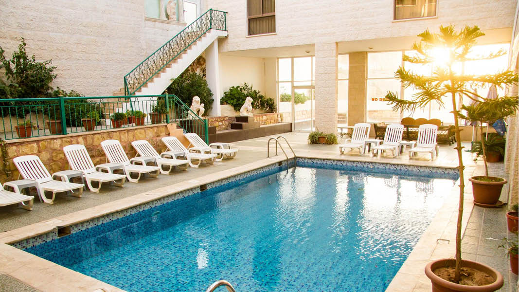 Alanbat Hotel Pool