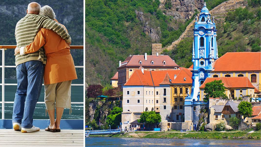 Den lille østrigske by Dürnstein ved floden Donau