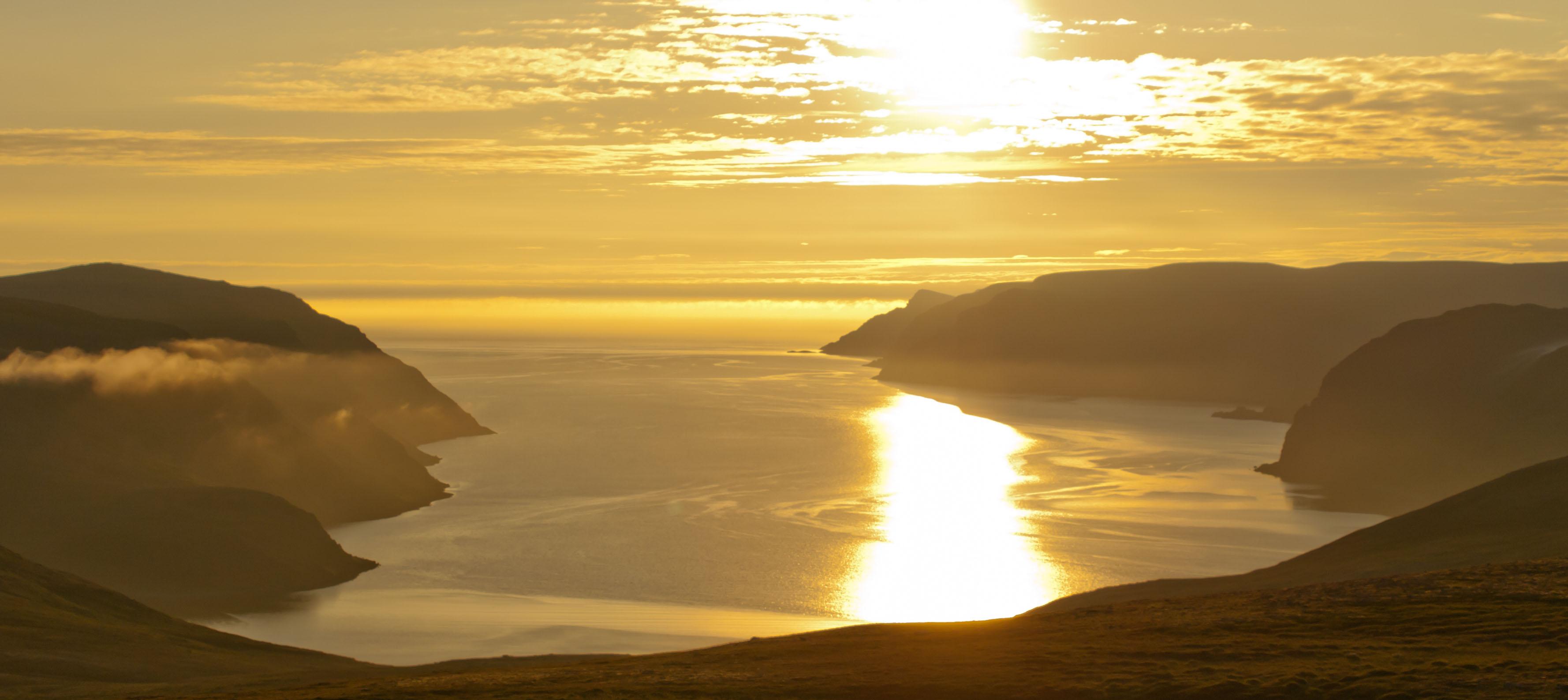 Solnedgang over Nordkap, Norge