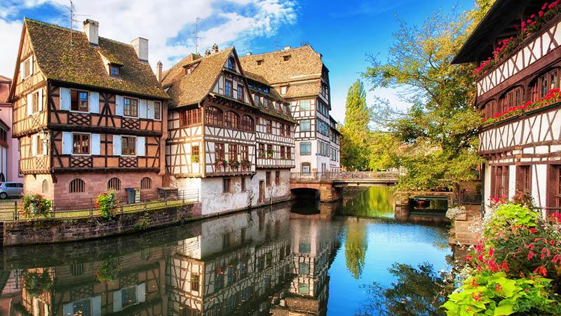 Strasbourg, kanal og bindingsv�rkshus