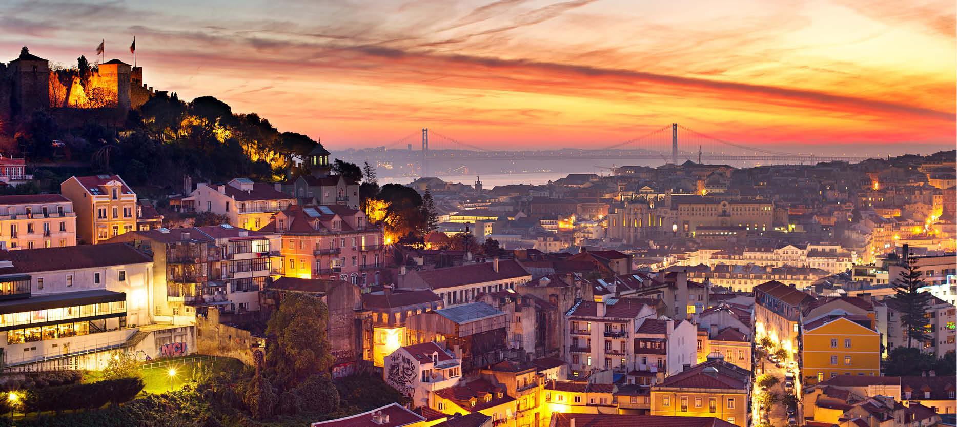 Udsigt fra toppen af Lissabon med nyt�rsstemning